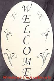 Amazon Com Oval Welcome Sign Etched Window Decal Vinyl Glass Cling 10 5 X 16 White With Clear Design Elements Furniture Decor