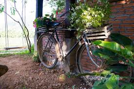ideas for gardening with antiques