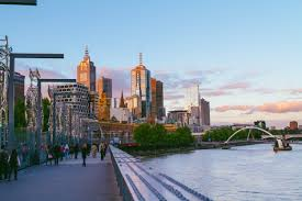 Weather in Melbourne - Tourism Australia