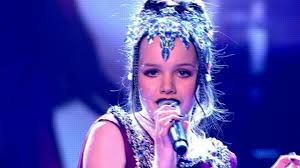 Sophie May Williams performs 'Royals' - The Voice UK 2014: The Live Semi  Finals - BBC One - YouTube