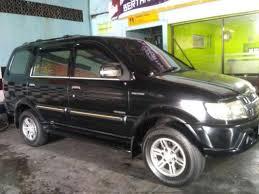 mobil isuzu panther touring 2009 bekas