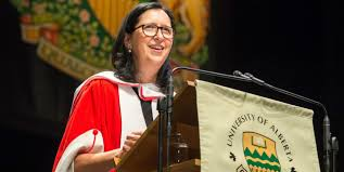 Champion rower challenges grads to 'go all in'
