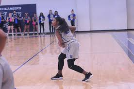 Blinn takes off with early lead in win over Cisco, 63-49   Blinn    theeagle.com