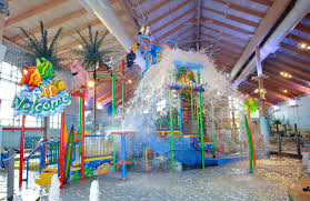 coco key water resort courtyard by
