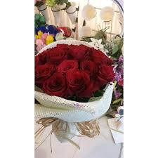 بوكيه ورد طبيعي أحمر مع تغليف الخوص Lam 056