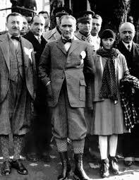 Atatürk, İzmir'de Latife Hanım'ın... - Türküz, Türkçüyüz, Atatürkçüyüz |  Facebook