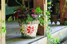 decorate flower pots with mosaic tiles