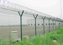 Y Post 3d Curved Airport Security Fencing Welded Wire Mesh Fence Panels