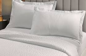courtyard by marriott hotel bedding