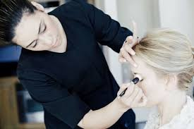 professional hair makeup artist to
