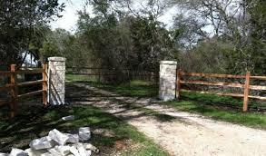 Pictures Of Cedar Split Rail Fencing Split Rail Fence Cedar Split Rail Fence Southern Landscaping