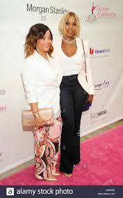 L-R) Simone Smith and Mary J. Blige attend the 7th Annual Women of ...