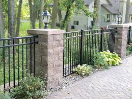 Backyard Patio Fence With Posts And Accent Lighting Contemporary Garden Minneapolis By Allan Block Retaining Wall And Patio Wall Systems Houzz Uk