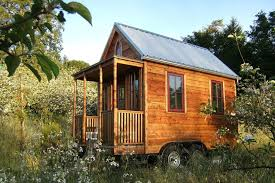 cost to build or a tiny house