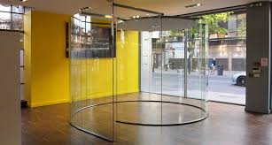freestanding glass walls glass