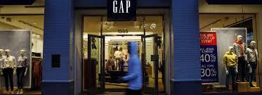 gap banana republic at risk as