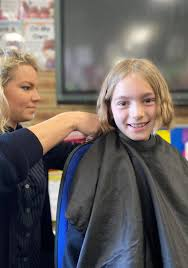 Beldon student donates hair for cancer patients' wigs | Community News
