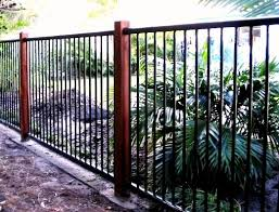 Black Flat Top Aluminium Fencing With Timber Posts By Fencepac Http Www Fencepac Com Au Residential Fenc Backyard Fence Decor House Fence Design Pool Fence
