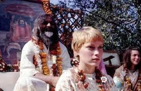 Sevgili Prudence, Beatles'ın Hindistan yolculuğu ve bir tecavüz girişimi:  Şeyh olan sensin, daha iyi bilirsin