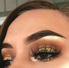 gold gliterry smokey eye makeup look