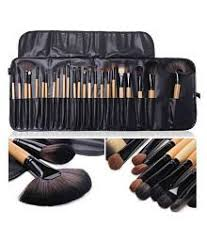 makeup brushes applicators