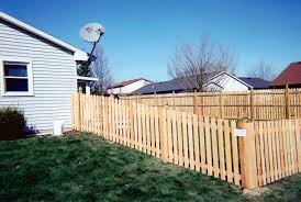Dog Ear Space Picket Fence Eagle Fence Fence Company And Contractor Of Fort Wayne Indianaeagle Fence Fence Company And Contractor Of Fort Wayne Indiana