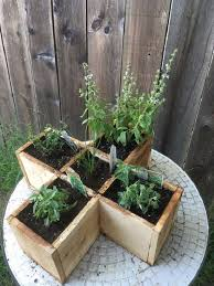 Diy Old Fence Board Ideas Create 20 Spectacular Home Garden Objects Balcony Garden Web