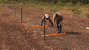 How To Build Your Fence Step 5 Tensioning Youtube