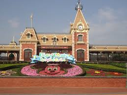 Ida Williamson Interview on Shanghai and Hong Kong Disney Trip, Part 1 |  WDW Fan Zone