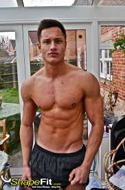 male fitness model exercise routine