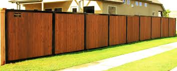 Privacy Fence With Metal Posts Frame Outlasts Wood Fencetrac Privacy Fence Designs House Fence Design Wood Fence Design