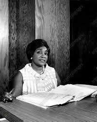 1968 Dr Doris Johnson -- Bahamas Senate Documents Desk Pen Press ...