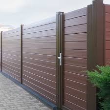 China Wood Post Fence China Wood Post Fence Manufacturers And Suppliers On Alibaba Com