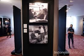 Ada Kennedy Hingga Bon Jovi di Pameran Foto 70 Tahun Bilateral  Indonesia-Amerika - Indonesiainside.id