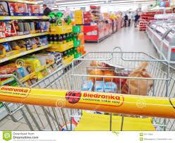 Comperando Nel Supermercato Biedronka Fotografia Editoriale ...