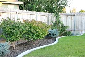 Small Border Fence Garden Garden Design Ideas