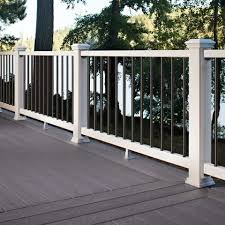 Amerhart Trex Select Classic White Rail Kit With Round Black Balusters For Stairs 42 Rail Height