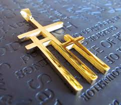 gold calvary 3 cross necklace pendant