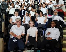"""Byron Wood Academy on Twitter: """"An exciting night for some of our singers  at @YVconcerts. Sing up everyone! #weareastrea… """""""