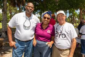 Sizzlin' support for Gifford Youth Orchestra at BBQ | People | Vero News