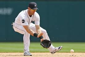 Tigers, Twins lineups: Andrew Romine to start, but maybe not ...