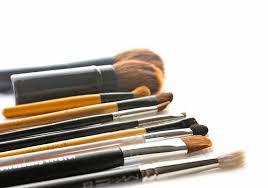 makeup brushes are losing bristles