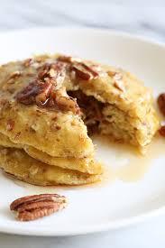 4 ing flourless banana nut pancakes