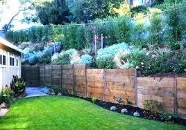 Fence For Small Yard Small Garden Fence Ideas Wanderinc Co