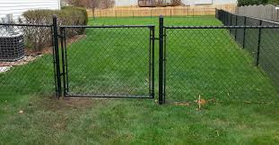 Fence Gate Installation Complete Fence Residential And Commercial West Chicago Il All Of Chicagoland