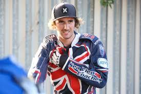 Poole Pirates racer Adam Ellis suffers fractured vertebrae after crash |  Bournemouth Echo