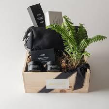 large saays nyc grooming gift box