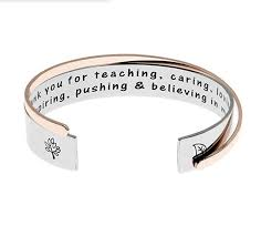 17 retirement gifts for teachers to