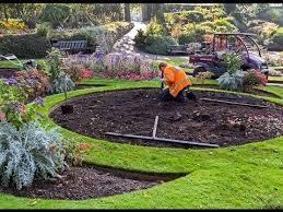 occupational landscape gardener