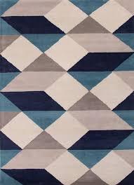 tufted rug in turtledove wild dove